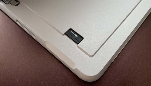 MicroSDXCカードリーダー
